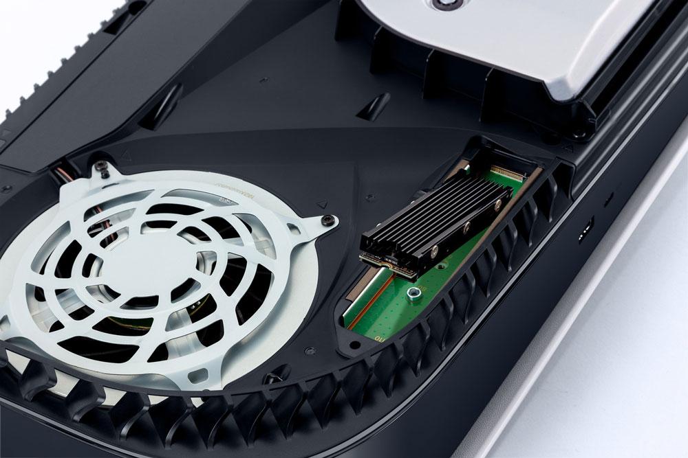 تصویر M.2 SSD | قابلیت اضافه کردن M.2 SSD به PS5