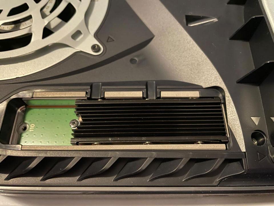 آموزش اتصال حافظه SSD به پلی استیشن 5