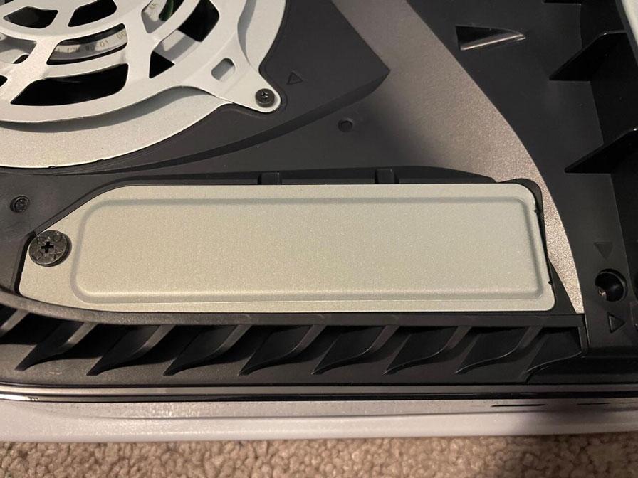 آموزش نصب و وصل کردن M.2 SSD در PS5
